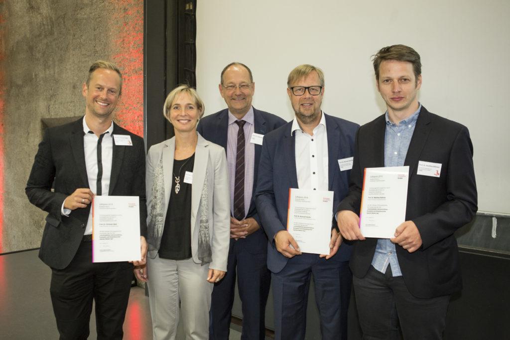 Prof. Dr. Christian Zabel, Prof. Dr. Sylvia Heuchemer, Prof. Dr. Stefan Herzig, Prof. Dr. Konrad Scherfer und Prof. Dr. Matthias Böhmer (v.l.) (Bild: Heike Fischer/TH Köln)